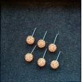 Kreminiai auskarai su kristaliukais